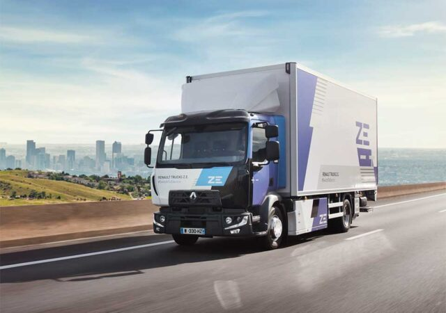 A-Renault-Trucks-electric-range-for-each-segment